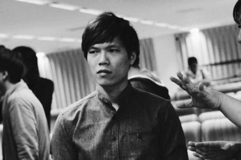 20190222-鄭乃銓在此次台灣燈會中,以融合傳統弦樂與電子音樂的型態,創作intel無人機燈會展演音樂。(屏東縣政府提供)
