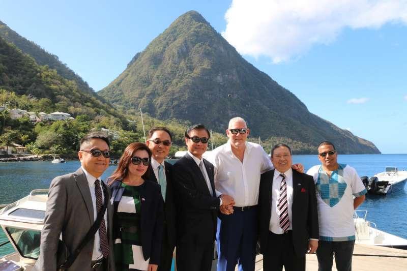 2019-02-25_立法院長蘇嘉全以特使身分代表蔡英文總統,率團於2月21日至24日期間,前往聖露西亞訪問。(立法院提供)