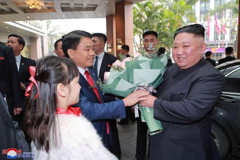 2月26日,北韓(朝鮮)國務委員會委員長金正恩抵達越南河內的美利亞酒店(美聯社)