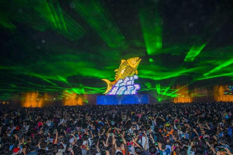 20190228-台灣燈會盛大開幕,至今已有超過800萬人參觀。(屏東縣政府提供)