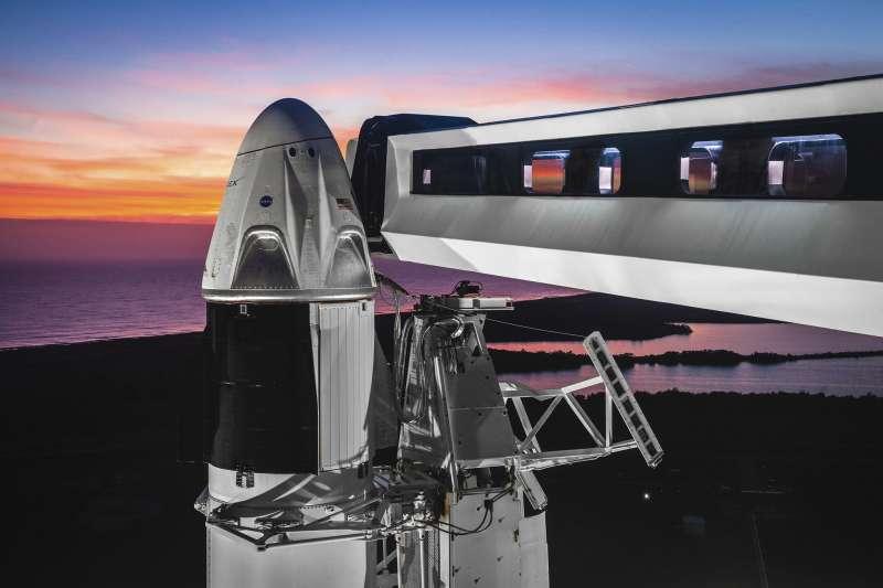 2019年3月2日,美國SpaceX公司試射「天龍乘員號」(Crew Dragon)太空船(AP)