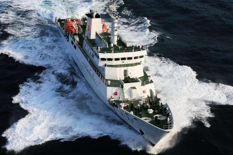 「穩鵬號」上月20日發生船員械鬥事件,海巡署於3月2日成功制伏涉嫌殺人劫船的菲籍嫌犯,後續將押解至「巡護8號」(圖)的留置室看管。(資料照,取自海巡署中部分署)