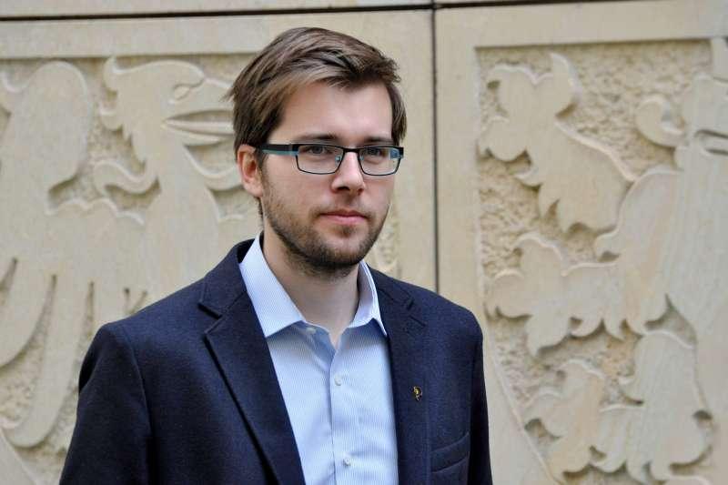 捷克海盜黨眾議員米哈勒提議調降國會議員薪資(翻攝海盜黨官網)