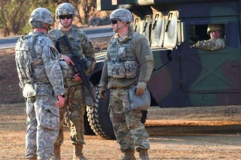 在韓國駐扎的美軍在3萬人左右(BBC中文網)