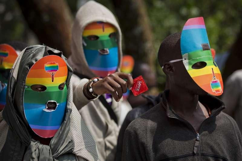 烏干達在2014年通過反同性戀法令,圖為烏干達同志團體的抗議場合。(美聯社)