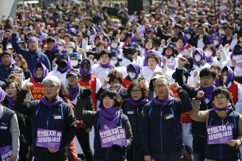 南韓3月8日「國際婦女節」(AP)