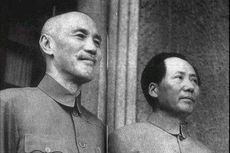 蔣中正、毛澤東。(圖/維基百科)