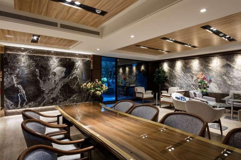 交誼廳的設計充分發揮人性空間的考量。(圖/松菸墨香提供)