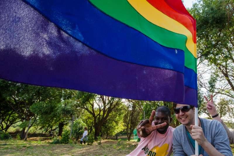 南非是非洲唯一通過同性婚姻的國家,圖為約翰尼斯堡同志遊行。(Niko Knigge@Flickr/CC By2.0)