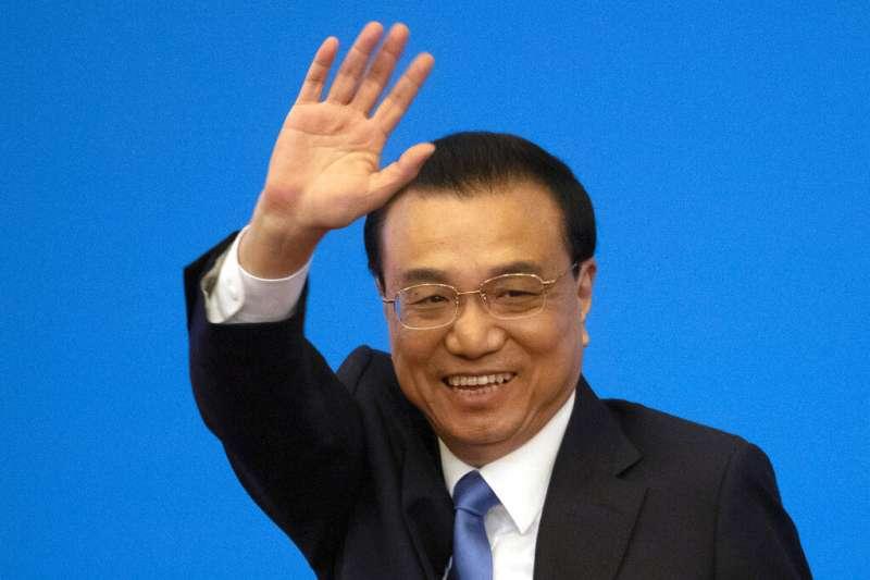 中國國務院總理李克強於全國人大閉幕後記者會表示,港澳台投資可以參照或者比照適用剛剛通過的《外商投資法》。(美聯社)