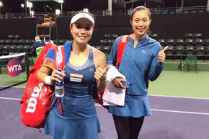 詹家姊妹在印地安泉大師賽4強戰遭到逆轉,無緣晉級決賽。 (圖片取自詹詠然臉書)
