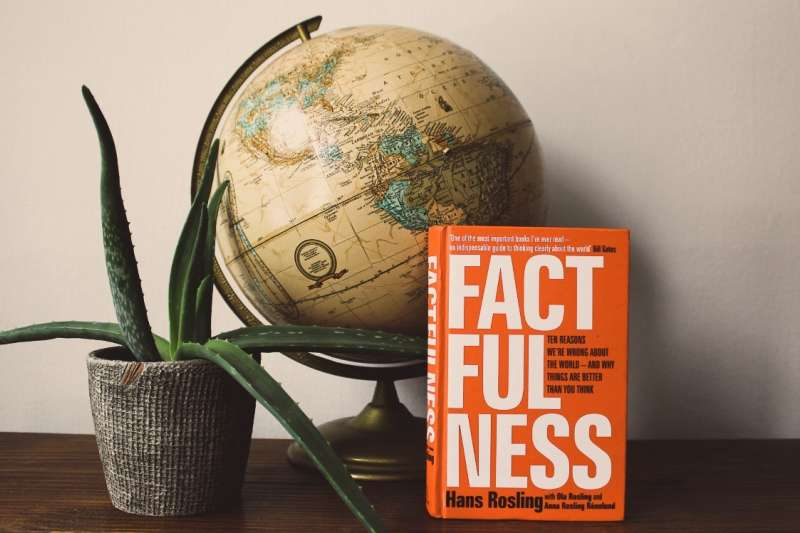 思書齋:《真確:扭轉十大直覺偏誤,發現事情比你想的美好》(FACTFULNESS:Ten Reasons We're Wrong About the World–and Why Things Are Better Than You Think)(翻攝網路)