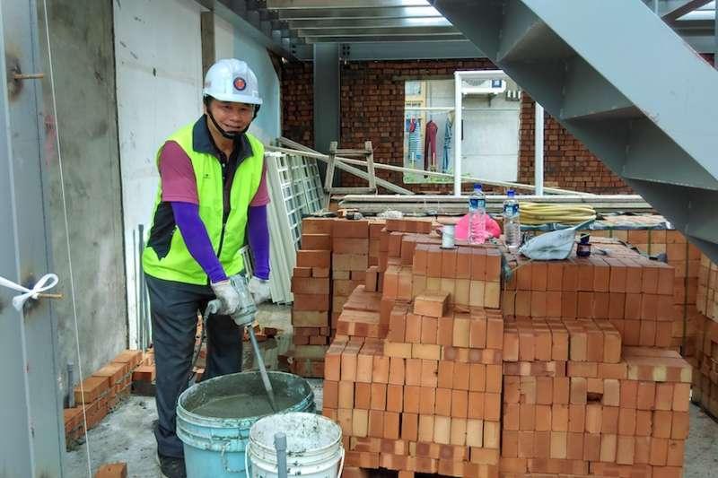 台中市府持續推動「弱勢勞工住屋修繕補助計畫」,受理勞工提出申請。(圖/台中市政府提供)