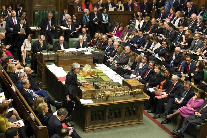 英國首相梅伊20日表示,她打算把脫歐期限延至6月30日。(AP)