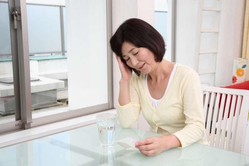 失神、健忘、遲鈍、倦怠都是腦霧的核心症狀。示意圖。(圖/photoAC)