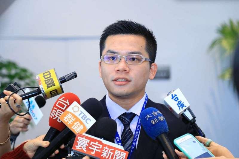台中市政府新聞局長吳皇昇表示,市府會秉持「先公後私、先大後小」的空汙防制原則,持續緊盯中火。(取自台中市政府網站)