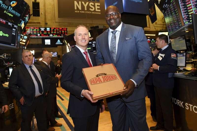 俠客獲邀成披薩店董事,甚麼都沒做股價先上升5%。 (美聯社)