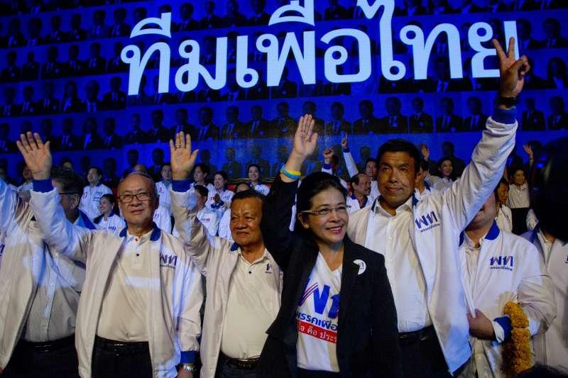 最大反對黨「為泰黨」的選前造勢活動。(美聯社)