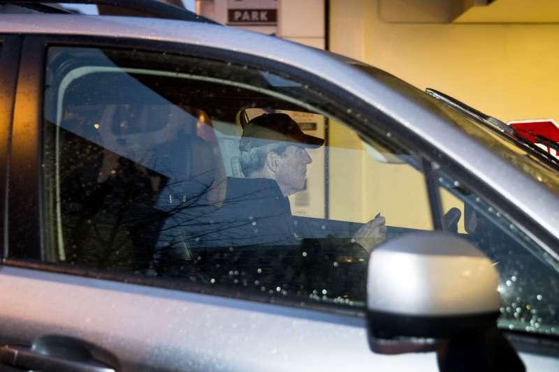 2019年3月21日,通俄門案特別檢察官穆勒開車抵達他的辦公室。(美聯社)