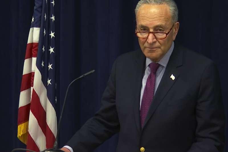 民主黨參議院領袖舒默(Chuck Schumer)呼籲巴爾將穆勒報告向大眾「全面公開」。(美聯社)