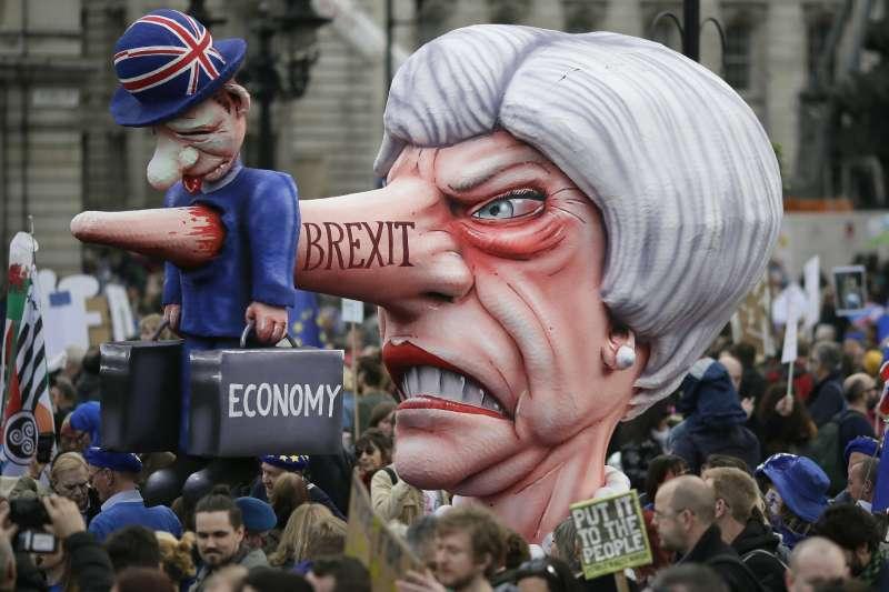 2019年3月23日,英國百萬民眾上街遊行示威,要求第二次「脫歐」公投(AP)