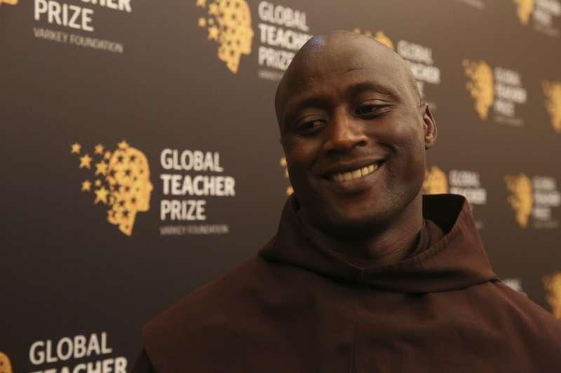 肯亞偏鄉教師塔比奇獲第五屆全球教師獎(AP)