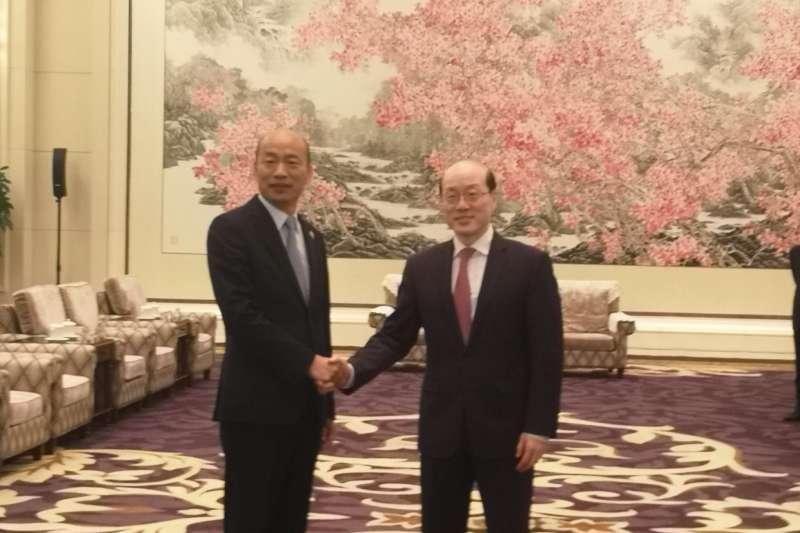2019年3月25日,高雄市長韓國瑜與國台辦主任劉結一在深圳西麗的麒麟山莊見面(今日海峽臉書)