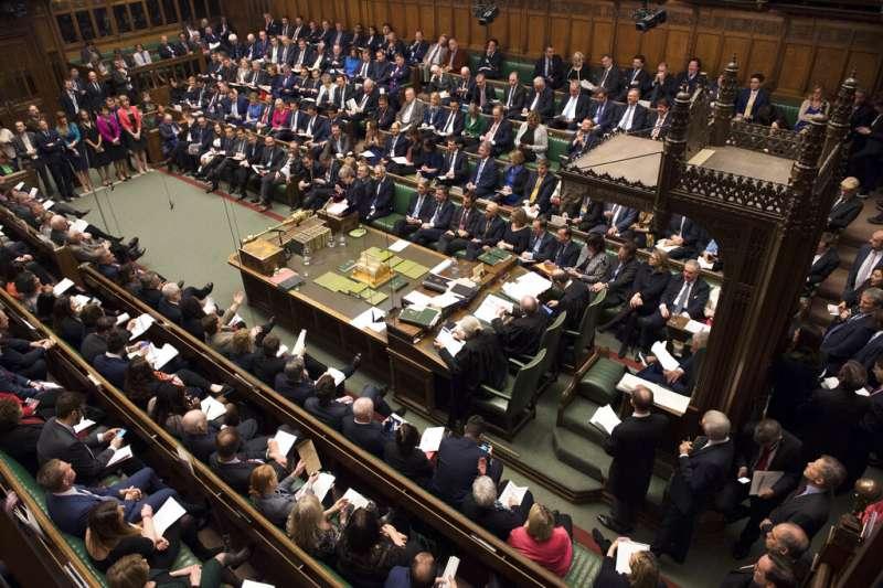 為了脫歐爭吵不休,始終無法做出最後決定的英國下議院。(美聯社)