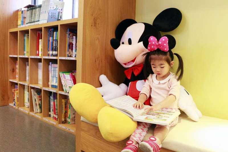 兒童福利聯盟今天公布一項調查顯示,台灣兒童的主觀滿意度僅拿到75.8分,是近3年新低。示意圖,與新聞個案無關。(資料照,新北市立圖書館提供)