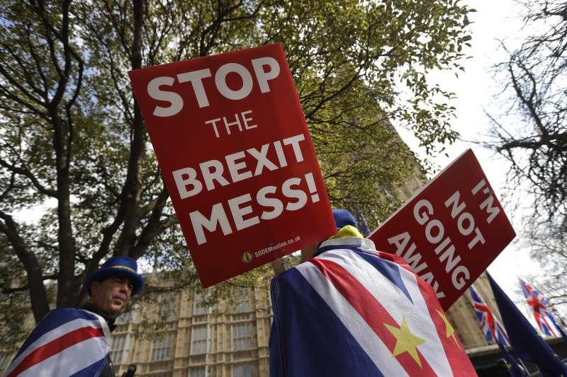 2019年2月,英國陷入脫歐亂局,這是反脫歐派(AP)