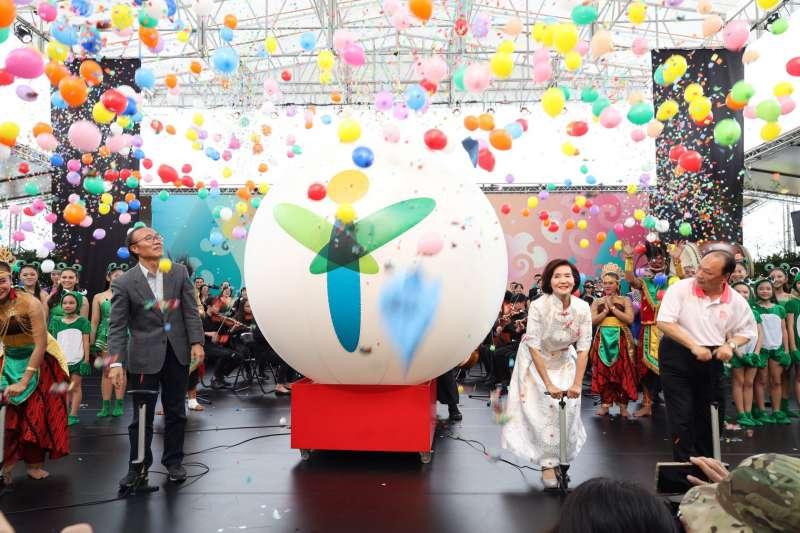 綠博用700顆氣球被批「向天空亂丟垃圾」 宜蘭縣府:氣球上往下墜,已清理回收-風傳媒