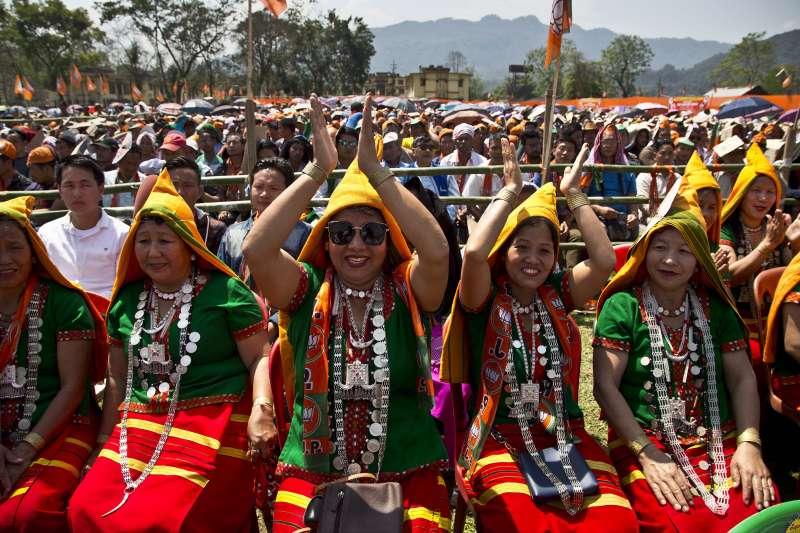 2019年3月30日,印度人民黨和總理莫迪的支持者參加造勢活動。(美聯社)