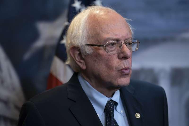 美國無黨籍參議員桑德斯表示:美國不該幫一個專制、不民主的殺人政權發動戰爭。(美聯社)