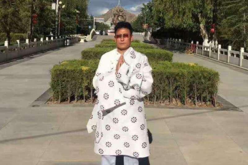 西藏異議人士,現年57歲的洛迪·嘉措。(VOA)