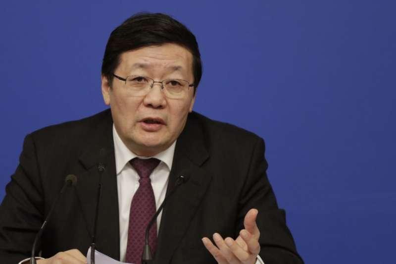 2016年3月7日,時任中國財政部長樓繼偉在北京舉行的中國人大會議的新聞發佈會上發表講話。(AP)