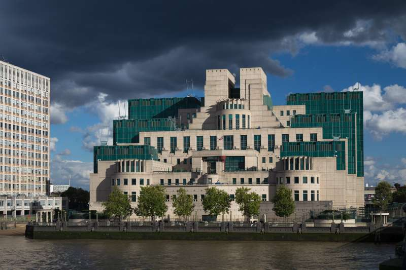 通稱軍情六處(MI6)的英國秘密情報局(Secret Intelligence Service)倫敦總部(Laurie Nevay@Wikipedia / CC BY-SA 2.0)