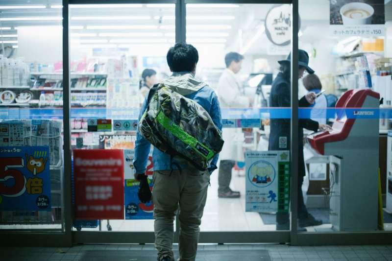 你去日本玩有注意過超商內的擺設嗎?其實暗藏了3項治安參考指標!(圖/flickr)