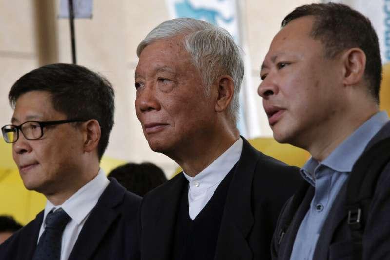 佔中三子:戴耀廷、朱耀明、陳健民(由右至左)。(美聯社)