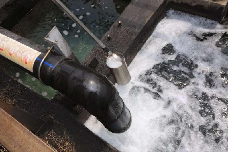 台中火力發電廠放流廢水採樣檢測不合格,環保局重罰中火新台幣2000萬元。(資料照,台中市政府提供)