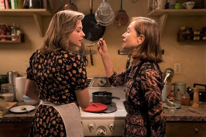 《侵密室友》用著驚悚電影的方式去點出現代社會的不安全,帶點警惕意味的口吻說著每個人身上都有可能發生的故事。(圖/老子不負責任電影文提供)