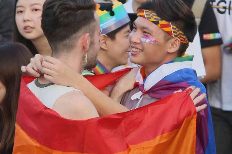 聚少離多是許多跨國同志伴侶共同的宿命。(柯承惠攝)