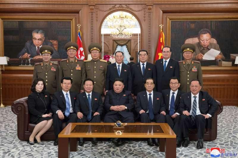 2019年4月11日,北韓(朝鮮)第14屆最高人民會議第一次會議在萬壽台舉行,選舉產生新一屆國務委員會委員(AP)