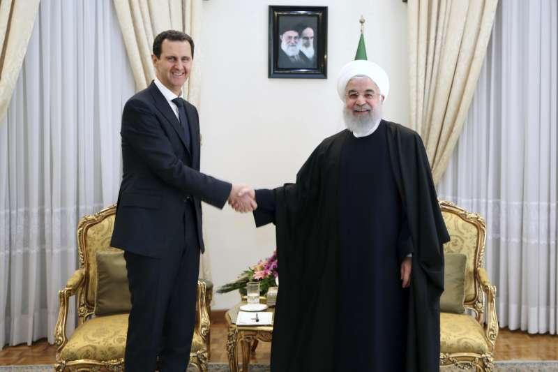 2019年2月,,敘利亞總統阿塞德與伊朗總統魯哈尼(Hassan Rouhani)見面。(美聯社)