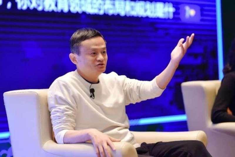 不僅台灣科技業工時超長,現在科技業超時工作近期也成為中國民眾矚目的議題,一直以來提倡高工時工作並身體力行的馬雲,也對此表達看法。(圖/阿里巴巴)