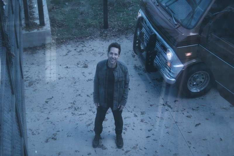 在蟻人的幫助下,眾英雄們可進入量子領域,有望搶回薩諾斯手上的無限寶石。(取自IMDb)