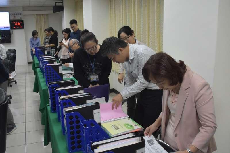 內政部到彰化縣政府進行107年度「防制人口販運工作成果」考核。(圖/彰化縣政府提供)