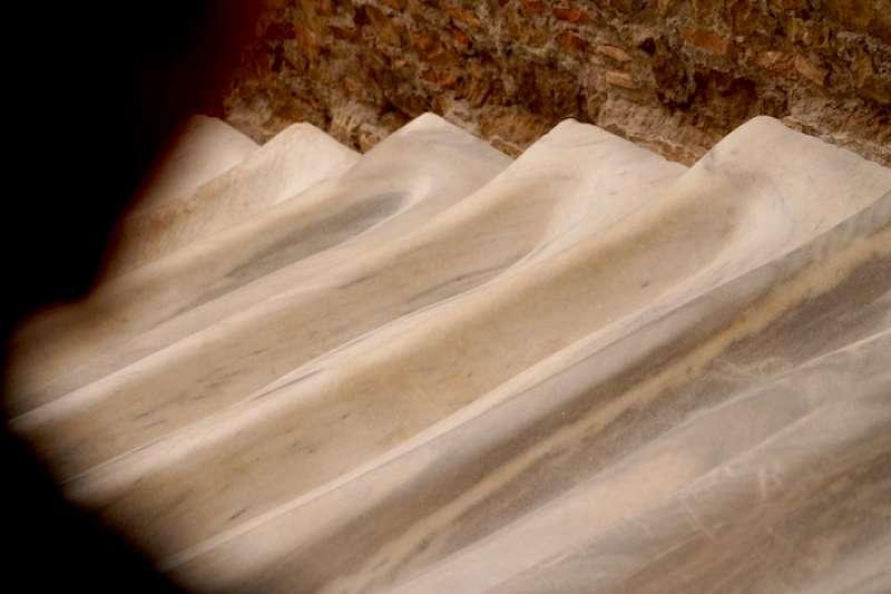 300年後被修復的大理石聖階梯(曾廣儀攝)