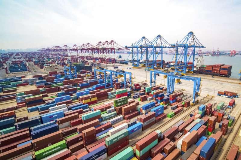 近期業界傳出部分出口到中國的產品遭海關刁難,要求產地標示必須在Made in Taiwan後加註China字樣才放行。(資料照,美聯社)