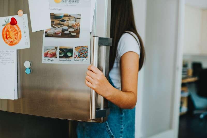 益生菌需要放冰箱冷藏嗎?專家:這樣做會破壞活性、菌數(圖/rawpixel.com@PEXELS)