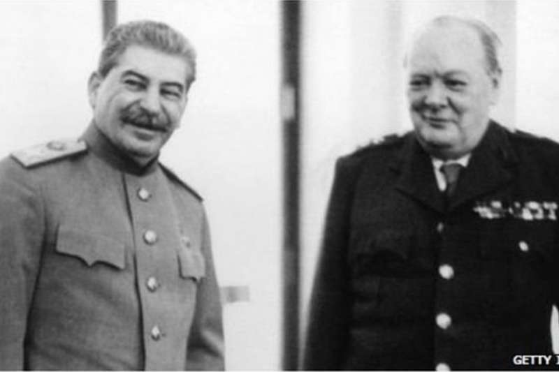 邱吉爾對美國記者說,「史達林從來沒有對我食言。我們就巴爾幹達成協議。我說他可以得到羅馬尼亞和保加利亞,他說我們可以得到希臘…當我們1944年進入(希臘)時,史達林並沒有干涉。」(BBC)
